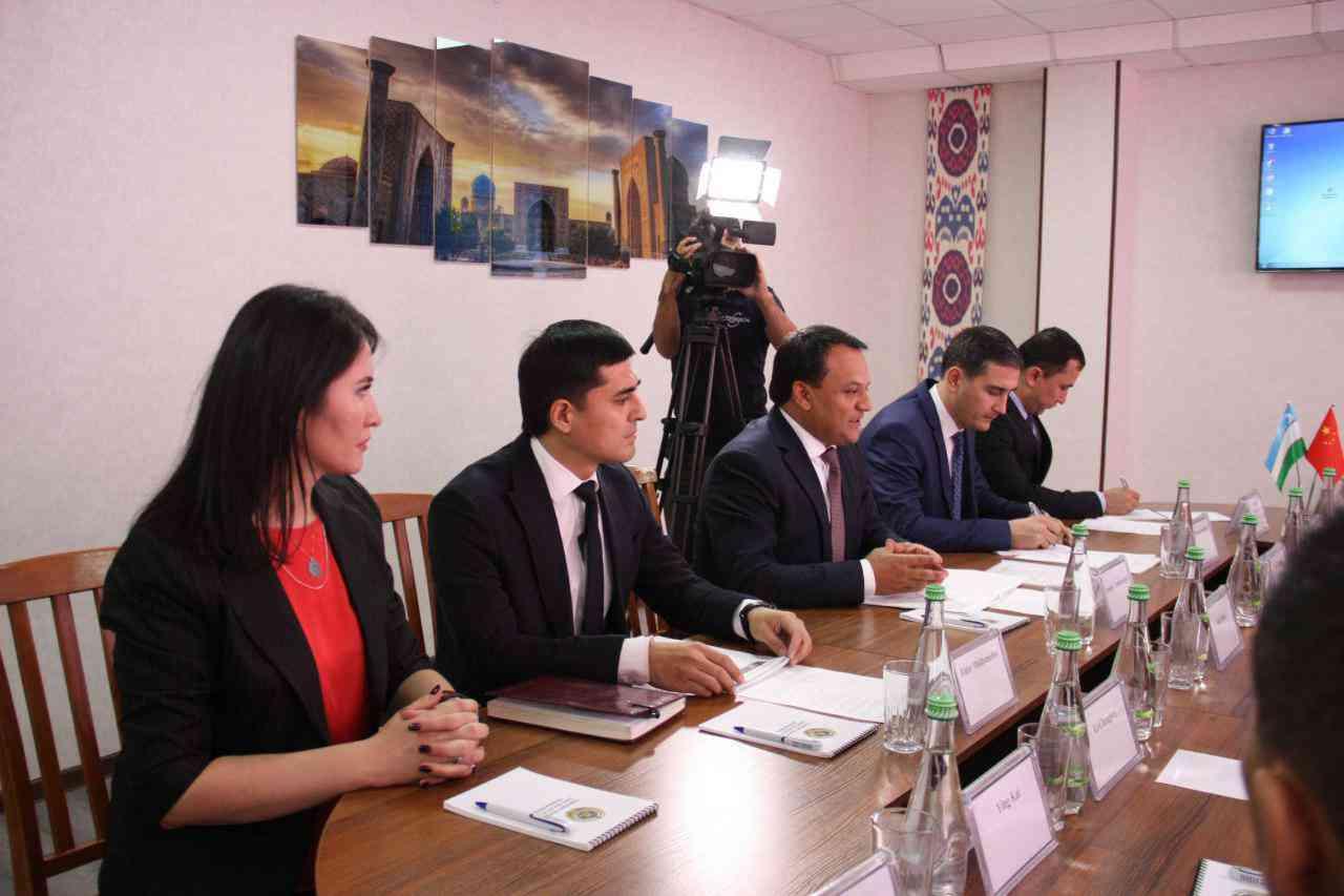 Состоялся официальный визит делегации Департамента общественной безопасности провинции Цин…