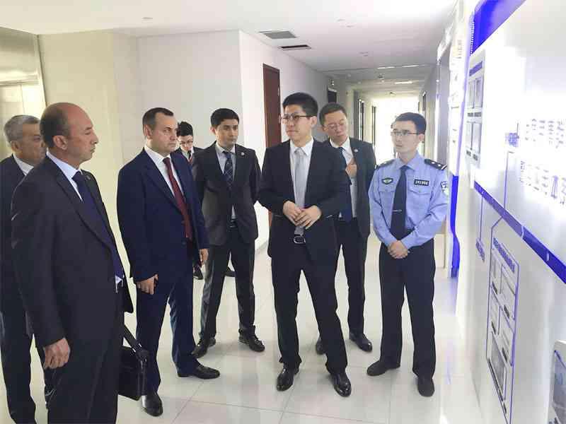ГУВД города Ташкента изучает опыт КНР по использованию ИКТ в правоохранительной деятельнос…